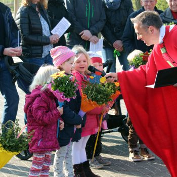 Palmsonntag in Hiddingsel, Gestaltung der Messe durch Kommunionkinder