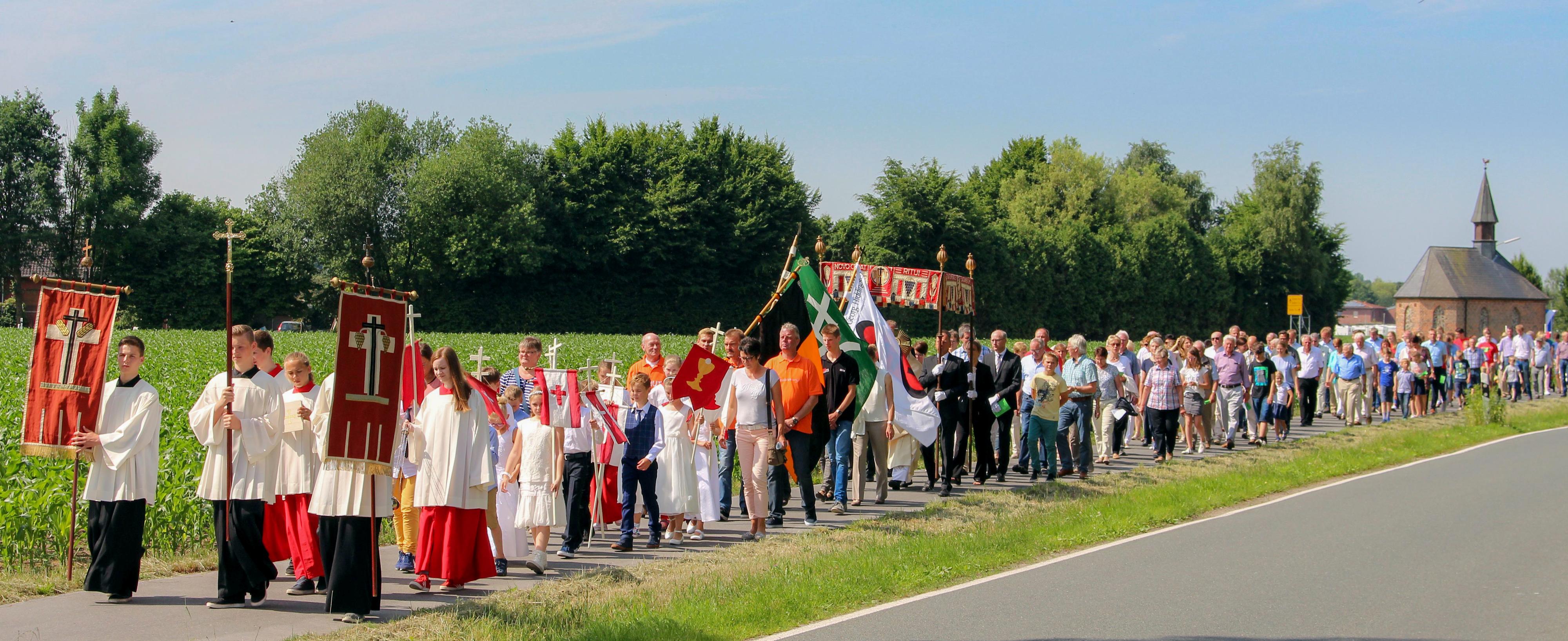 Fronleichnamsprozession St. Georg Gemeinde Hiddingsel 2017