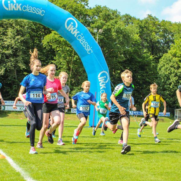 Strassenlauf 2018 in Hiddingsel mit Rekordteilnehmerzahl Bambini-Lauf, 1500 m Strecke, 5km Lauf und 10km Lauf