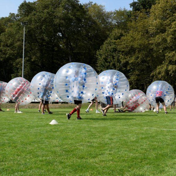 Kurioses Bild beim 1. Bubble-Ball Turnier in Hiddingsel